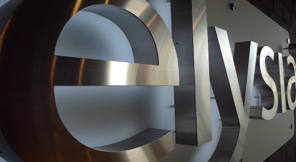 3D Buchstaben / 3D Logo aus Edelstahl mit LED Beleuchtung