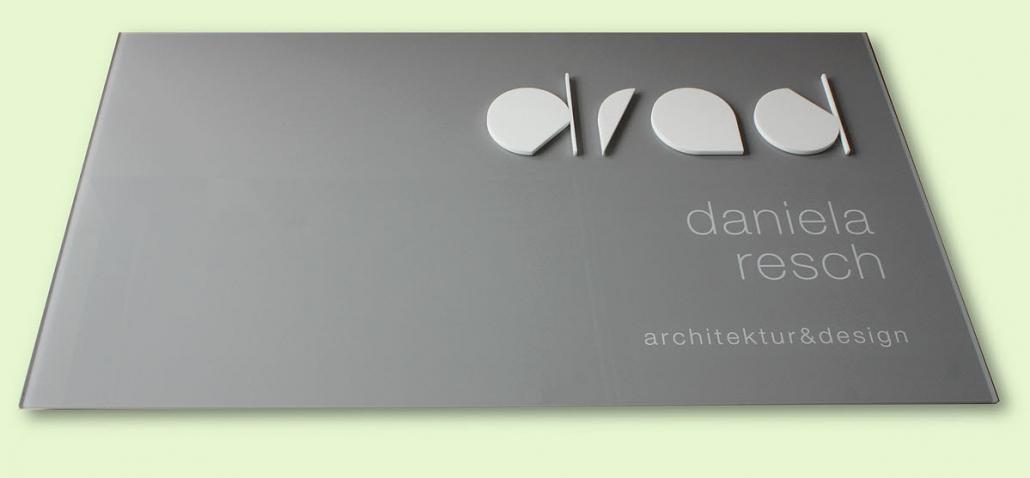 Firmenschilder mit 3D Beschriftung, 3D Firmenschild, Werbe-und Firmenschild, Acrylglasschild mit Druck und 3D Logo