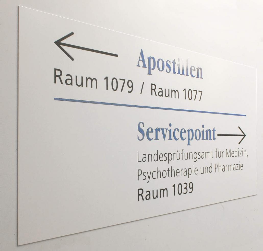 Leitsystem Schild mit Folienbeschriftung