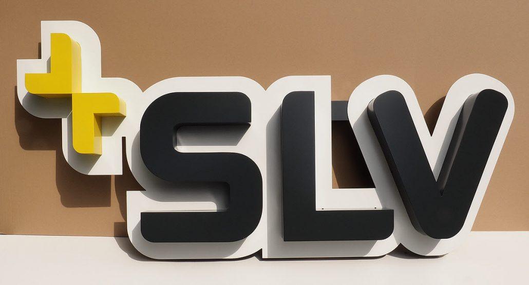 Profilbuchstaben 01-Alu mit Hintergrund-Formblende