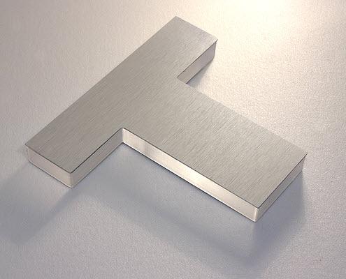 Sandwich Buchstabe Metall mit Acrylglas