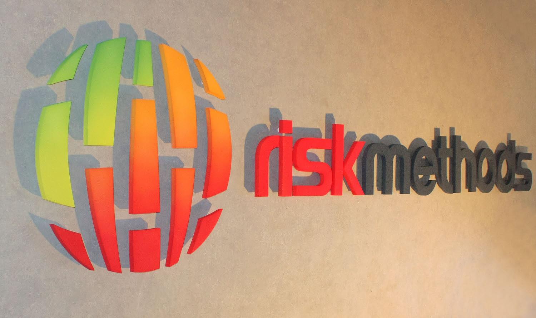 3D Logo, 3D Buchstaben, aus Melamin Weichschaum, mit B1