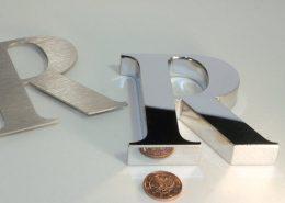 3D Beschriftungen für Innenbereiche,3D Profil-Buchstabe aus 3,0 mm Edelstahl, 3D Beschriftungen für Außenbereiche, Buchstaben