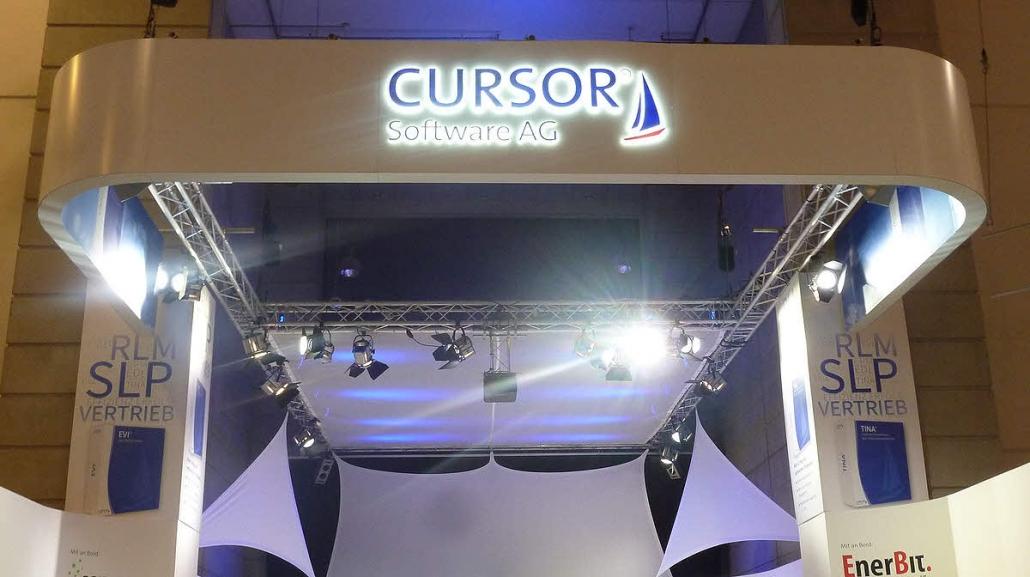 3D LED Logo als Durchstecker aus 30 mm Plexiglas mit Frontfolierung