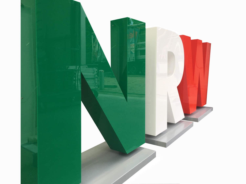 3D LED Buchstaben, Profil 8, als Aufsteller