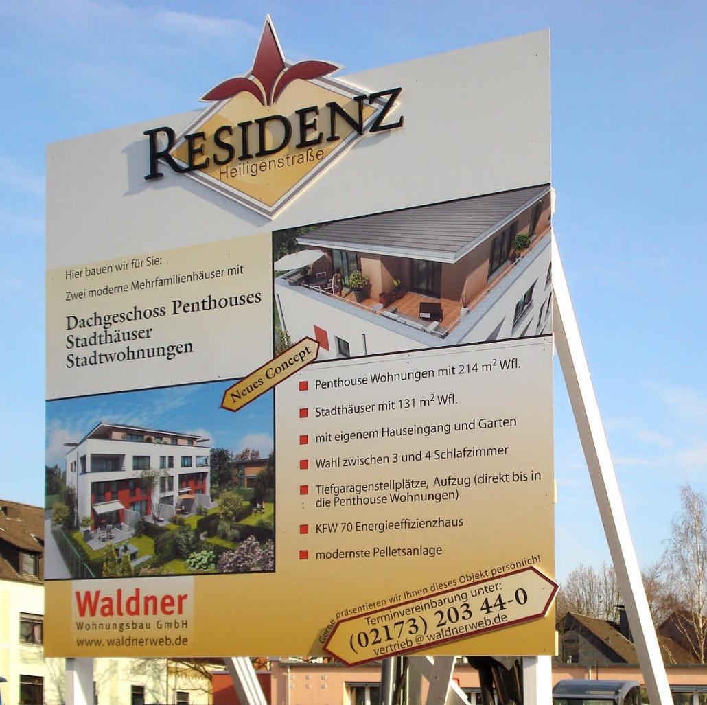 Werbe- und Firmenschild, Bauschild aus Dibond Tafeln mit Foliendruck und mit exklusivem 3D Projekt-Logo